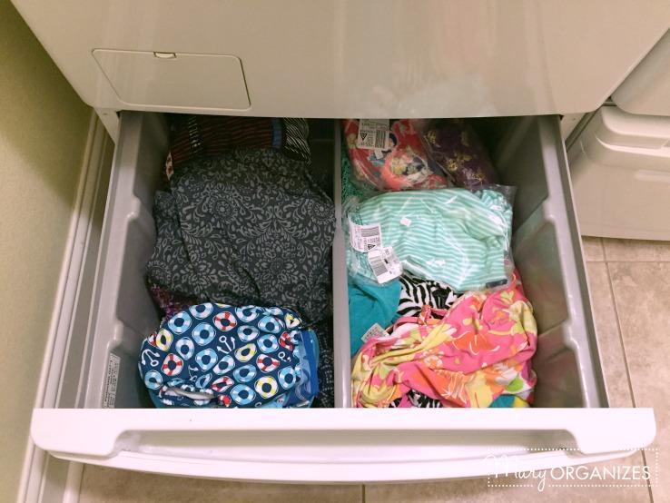 Laundry Room - pedestal drawer under washer