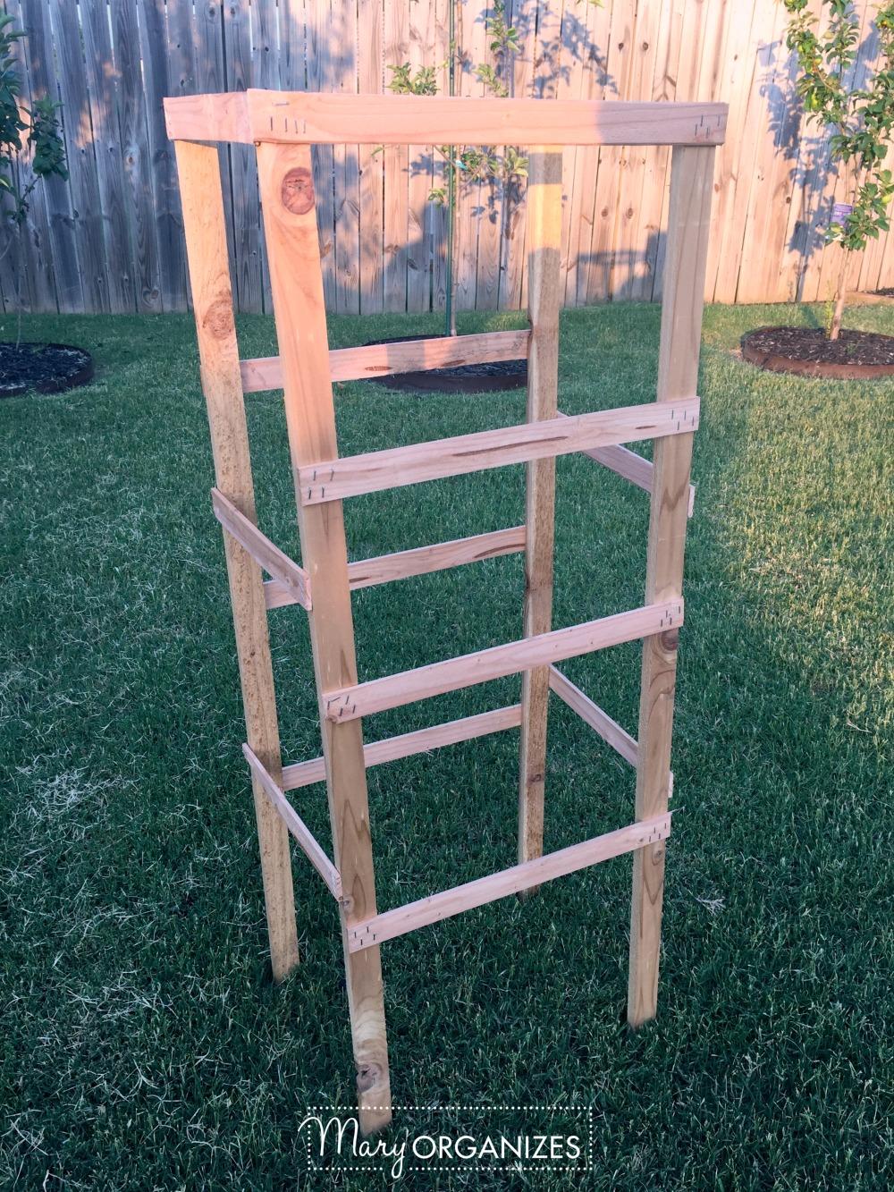 DIY Tomato Cage Tutorial for the Organic Garden