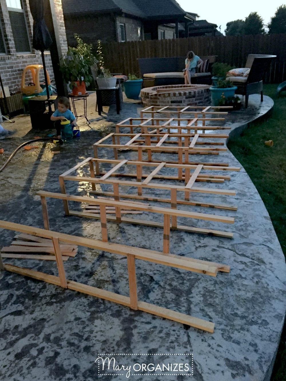 DIY Tomato Cage Tutorial for the Organic Garden 3